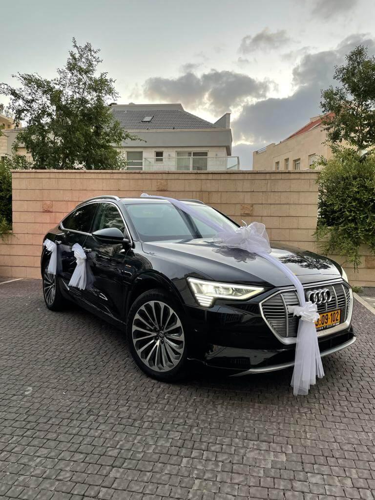 השכרת Etron coupe 21